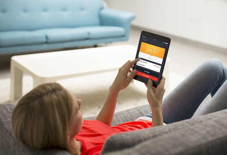 Verwarming bedienen met smartphone of tablet